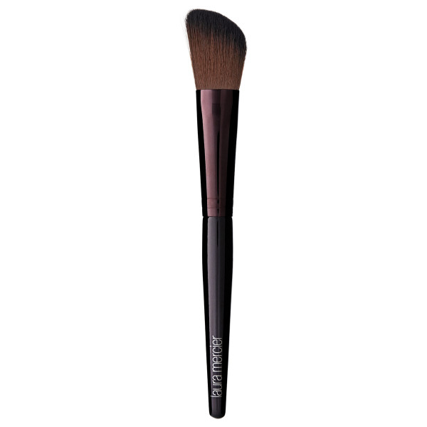 Brush Angled Cheek Colour